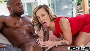 Sampa pirno mulher molhadinha com a pica grossa a comendo
