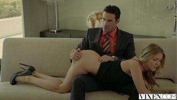 Camera escondida sexo macho comendo duas mulheres