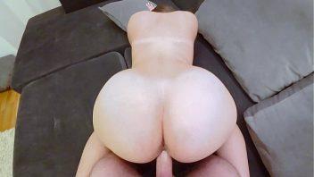 Puta amadora dando em sexo sem camisinha