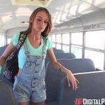 Porno ônibus comendo a loira perfeita