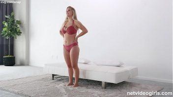 Xmaster porno loira dos grandes peitos macios no sexo