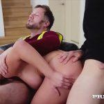 Video eroticos com loira dando para dois pedreiros
