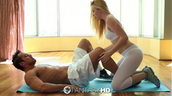 Xxx porno com loirinha assanhada transando gostoso